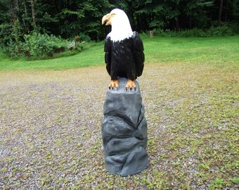 Chainsaw Carved Sitting Eagle