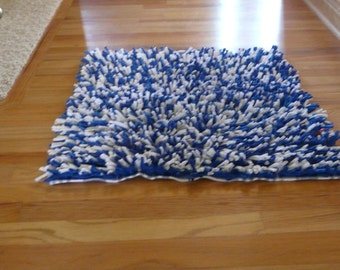 Handwoven T-Shirt Rug - Blue & White
