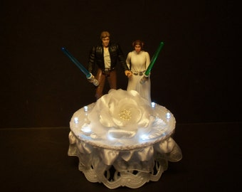 Star Wars Princess Leia Han Solo Bride and Groom W/White Lights Lace White Flower Wedding Cake Topper
