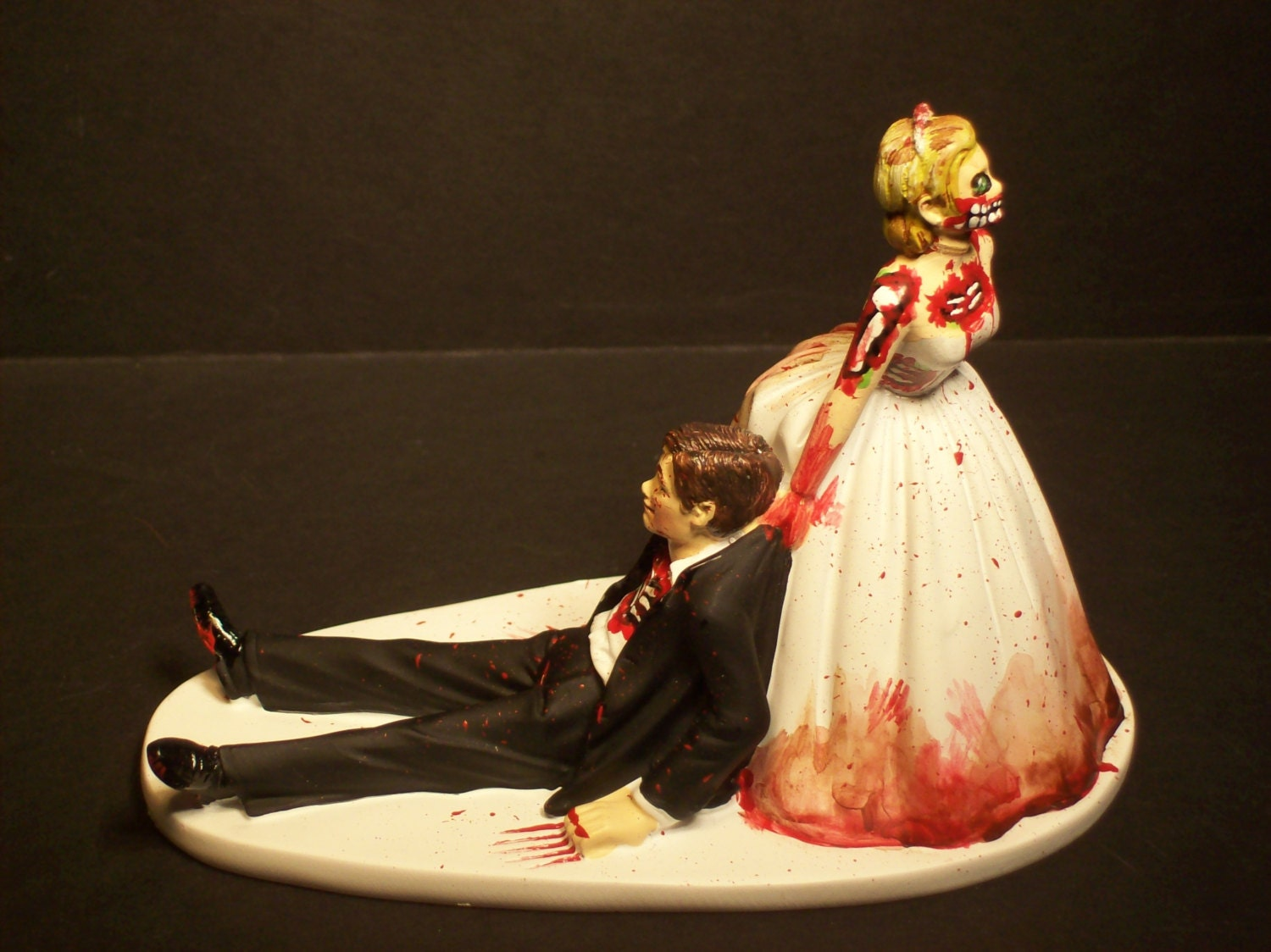 Halloween SALE Zombies Bride and Groom Funny Wedding Cake