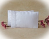 Dollhouse Miniature Set of 2 White Bed Pillows with interlocking chain trim - 1:12 scale