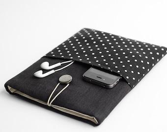 Black Macbook Pro 15 case, Macbook Pro 15 inch case, Macbook Pro 15 case, black, polka dot, with pocket