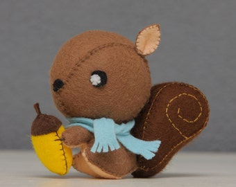 Squirrel, Cute little felt handmade squirrel (decoration, toy, woodland, forrest animal, stuffed animal, plush)