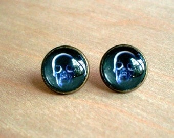 20% OFF -- Skull X Ray ,Black and white Stud Earring ,Halloween,Cool gift idea