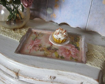 Vintage Roses Tray for Dollhouse