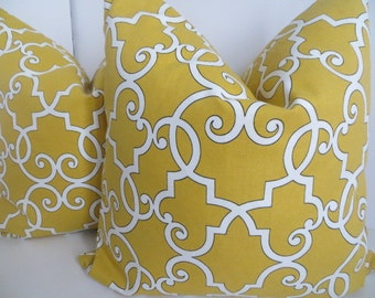 Mustard Pillow Cover, 18x18, 20x20 Yellow Pillow, Pillow Cover, White Pillow, Pillow, Mustard white Pillow