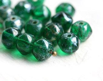 Emerald Green Picasso beads, czech glass, round, orhanic shape, 9x7mm - 15Pc - 0761