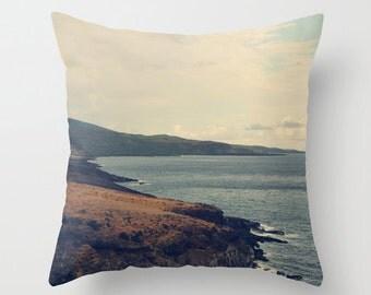 Neutral Sofa Pillow, Brown Blue Accent Pillow, Travel Wanderlust Throw Cover, Pacific Ocean 18x18 22x22 Decorative Cushion Hawaii Maui