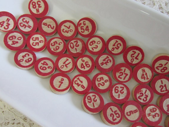 Vintage Bingo numbers, 70 wood bingo rounds, Red on Natural Wood, Number Tags, DIY Jewelry, Scrapbooking, Tag embellishment supply