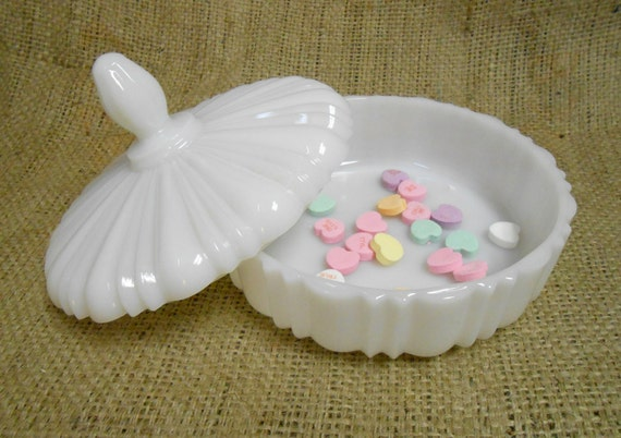 Vintage White Milk Glass Covered Candy Dish by thebombshelter1