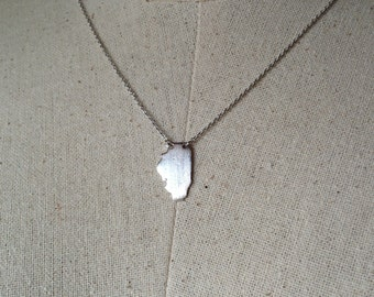 Silver Illinois State Necklace, Dainty Necklace, Tiny Illinois Necklace