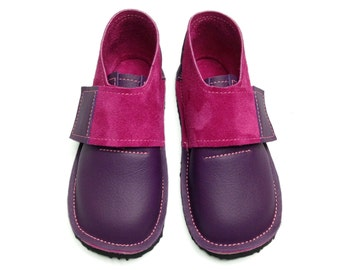 Handmade leather children's shoes.  Girls shoes, toddler shoes, kids shoes. Purple and pink.