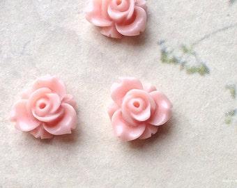 12 mm Light Pink Colour Resin Rose Flower Cabochons (.sm)