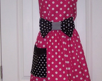 Womens Legends Minnie Mouse  Apron  Pink PLUS SIZE