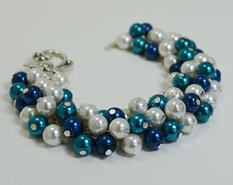 Pearl Bracelet, Teal, Blue and Ivory Cluster Bracelet, Chunky Pearl Bracelet, Bridal Pearl Jewelry, Bridesmaid Jewelry, Chunky Bracelet
