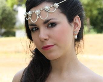 Bridal silver Flowered headpiece Crystals Pearls rhinestones wedding halo Head piece inspired Vintage silver headdress flowers forehead