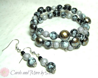 Button and Bead Bracelet and Earring Set