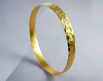 Hammered bangle , gold hammered bangle , textured gold bangle , thin gold bangle