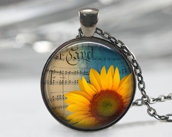 Sunflower Necklace, Botanical Jewelry,Flower Pendant