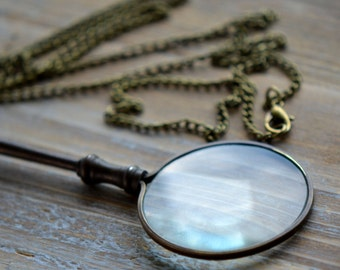 1 - Antique Bronze Monocle Magnifying Glass Pendant Necklace REALLY WORKS Antique Bronze Vintage Style Jewelry Supplies (BA071)