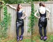 Vintage // Grunge glam 80's Leather High Waist Skirt // New York // Black size 9 10 // Sexy