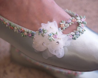 Ready to Ship Size 9 1/2 Sage Green Wedding Flats, Sage Satin Ballet Style Slippers,pastel edging trim,ivory organza flowers & bow, Romantic