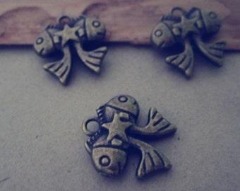 20pcs Antique bronze fish charm pendant 15mmx14mm
