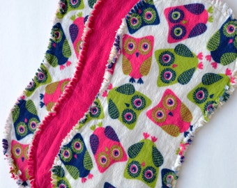 Baby girl burp cloth set of 3 : Flannel, Contoured, Baby burpcloths, Burp rags, burpclothes, burprags, owls, owl, pink, green, blue