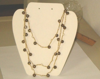 Vintage 70s Crocheted Chain Gold Tone Bead Necklace