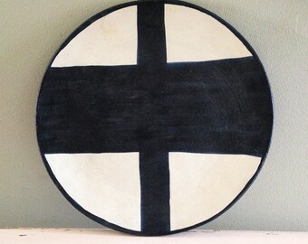 Ceramic plate, nearly black deep blue and white organic design. Irregular organic cross.