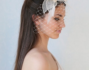 Bridal veil with feather fascinator, wedding feather headpiece, millinery bridal headpiece