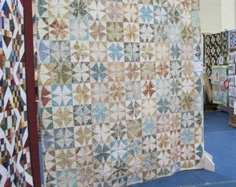 Lovely queen sized Winding Ways quilt