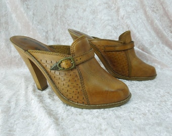Leather Clogs Embossed Wood High Heel Platform Size 7 Made in Brazil