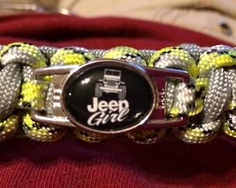 Jeep Logo Survival Paracord Bracelet
