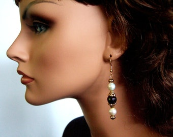 Gorgeous Garnet Earrings Freshwater Pearls Statement Earrings Elegant Statement Earrings Gifts for Her January Birthday Gift for Wife