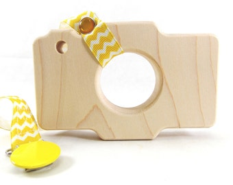 Organic Wooden Camera Teething and Grasping Toy