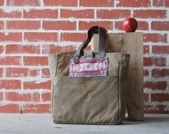 Waxed Canvas Tote Kakhi