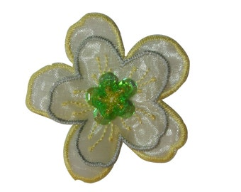 ID #6657 White Green Gold Daisy Flower Iron On Embroidered Patch Applique