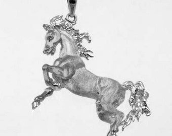 3D Beautiful Horse Pendant in 925 Sterling Silver 26-1