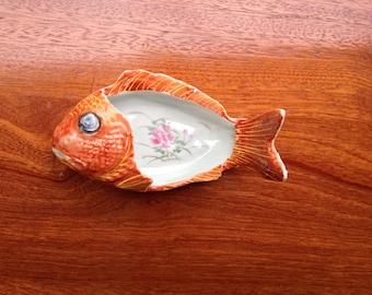19TH C Japanese Arita Porcelain fish bone dish