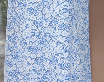 No. 500 Reversible & Washable Small Scale Blue Print/White SILK Crepe Dress Size 10-12