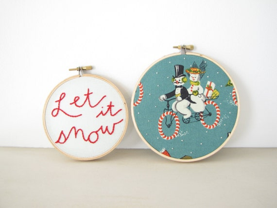 Embroidery Hoop Wall Art Holiday Home Decor set - Let it Snow vintage snowman Christmas decoration candy cane winter red green teal snow
