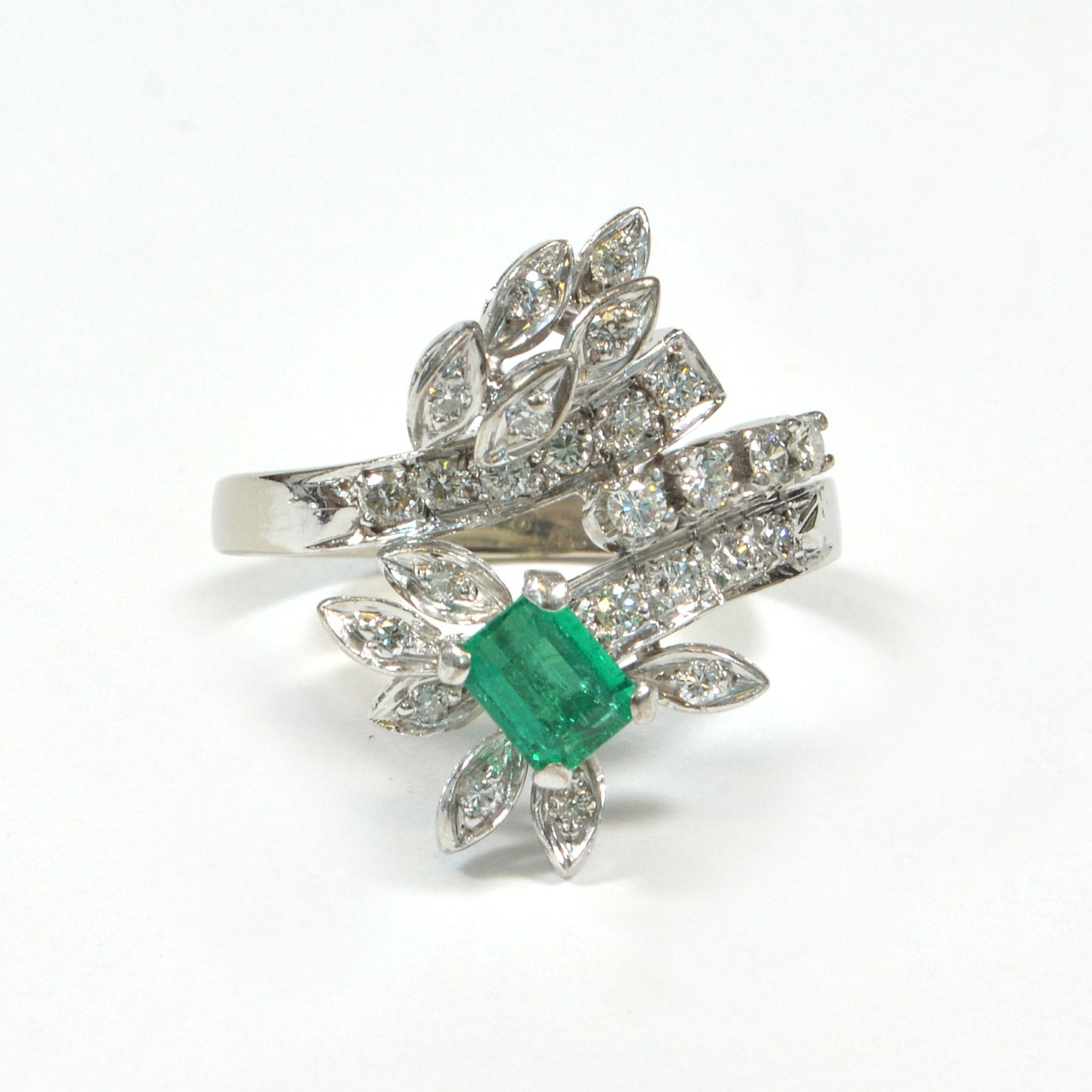 vintage 18k white gold emerald and ring by