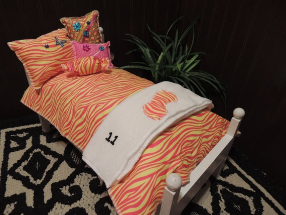 Pink and yellow zebra comforter with a white blanket 4 - Pink and yellow comforter ...