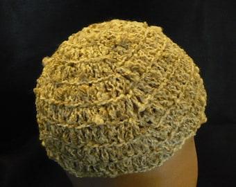Crocheted natural cloche / cap