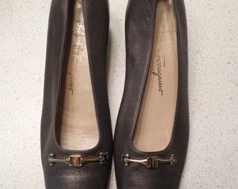 vintage, FERRAGAMO 'abigail' bronzed brown LOGO BUCKLE 1 3/4 inch heel slip on pumps womens size 10aa