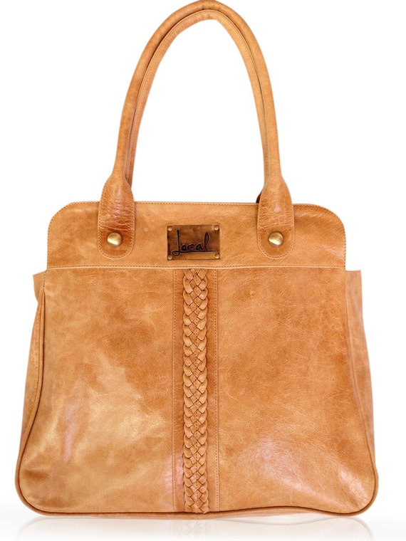 FREEDOM. Leather handbag / shoulder bag / tote bag / boho leather purse / bohemian leather tote. Available in different leather colors.