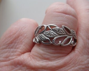 Silver and Diamond Leaf Ring