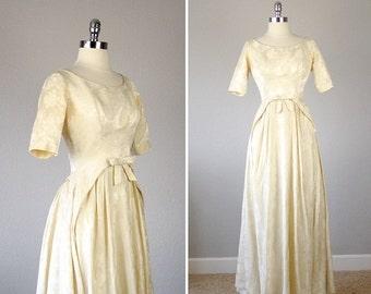 1950s Wedding Dress, B Altman Wedding Dress, 50s Wedding Dress, Cream Wedding Dress, Wedding Gown, Wedding Gown Sleeves, Small