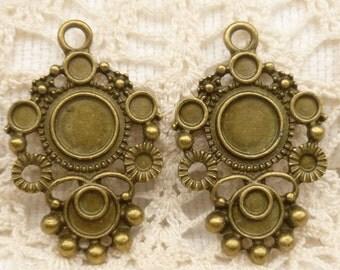 Vintage Look  Multi Bezel Setting, Charm, Pendant, Antique Bronze (4) - A70